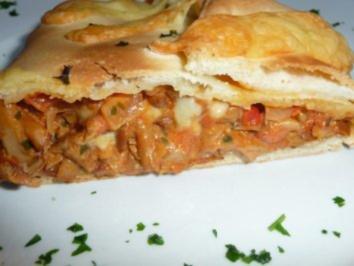 Pizzarollo mit Pfifferlingen gefüllt - Rezept