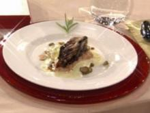 Schwertfisch mit Zitronen-Kapern-Soße und geschmortem Radicchio (Rhea Harder) - Rezept