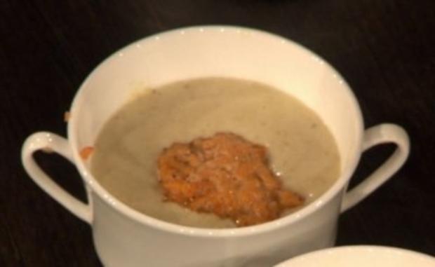 Meerrettich-Brot-Suppe mit Lachstatar (Jo Weil) - Rezept