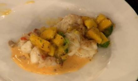 Gebratene Languste mit Orangen-Hollandaise und Thai-Mango-Salat (Bärbel Schäfer) - Rezept