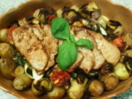 Gemüse und Kartoffeln aus den Ofen - Rezept