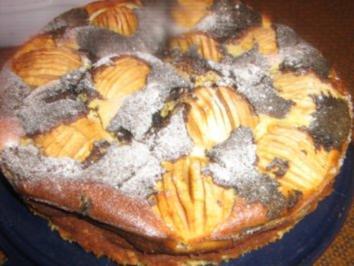 Käsekuchen mit Apfel und Mohn - Rezept