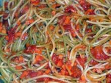 Spaghetti mit Möhren-Bolognese - Rezept