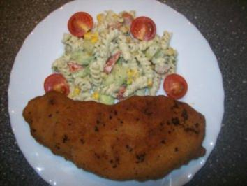 Rezept: Nudelsalat und Schnitzel