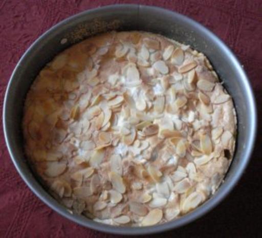 Kleiner Stachelbeer - Baiser - Kuchen - Rezept - Bild Nr. 2