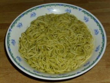 Spaghetti al Pesto Genovese - Rezept