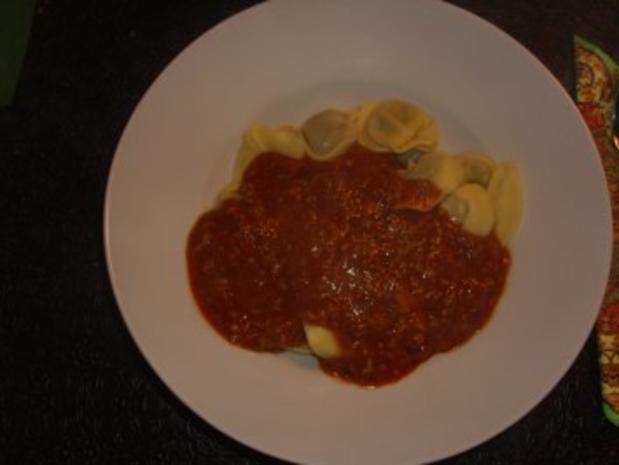 Nudelgerichte: Tortellini Bolognese - Rezept - Bild Nr. 6