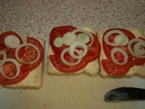 Tomaten-Zwiebel-Toast überbacken - Rezept - Bild Nr. 2