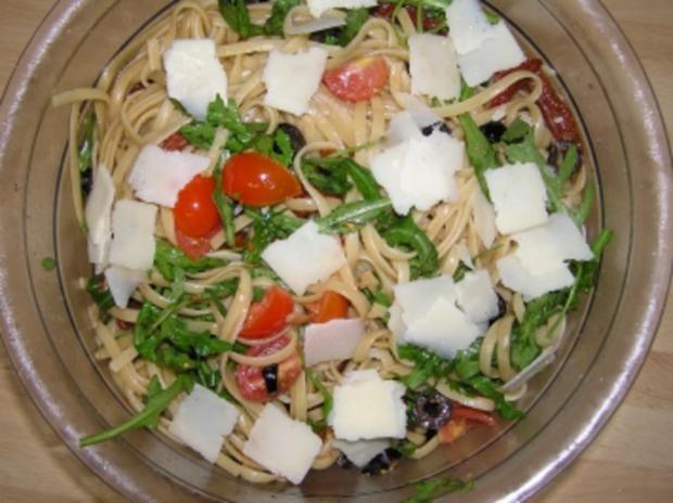 pasta rucola salat rezept mit bild. Black Bedroom Furniture Sets. Home Design Ideas