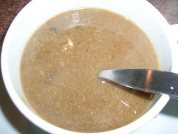 Hähnchen, gefüllt mit Maronen, Steinpilzen, Wurstbrät und gewürzt mit Trüffelöl (saulecker - Rezept - Bild Nr. 9