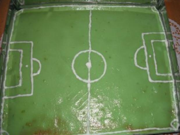 Fußballfeld Kuchen - Rezept - Bild Nr. 2
