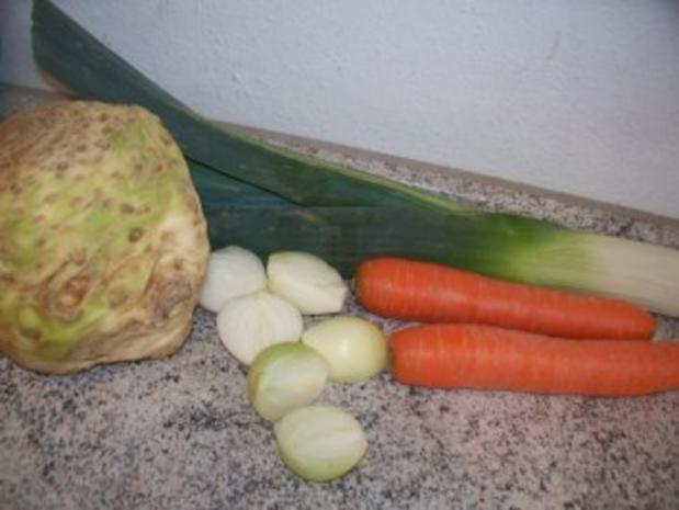 Hühnersuppe mit Nudeln - Rezept - Bild Nr. 2