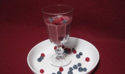 Fruchtschaum aus Beeren - Rezept