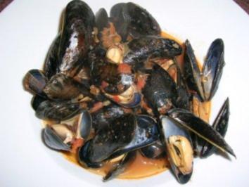 Zuppa di cozze - Muscheln in Tomatensauce (toskanisches Rezept) - Rezept