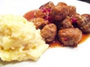 Fleisch: Schwedische Fleischbällchen in Preisbeersauce - Rezept