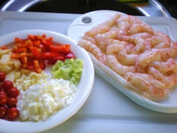 Meeresfrüchte: Gambas in Hummersauce auf Tagliatelle - Rezept - Bild Nr. 2