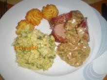 Schweinefilet im Baconmantel mit Steinpilzen - Rezept