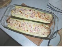Zucchini gefüllt mit Feta - Rezept