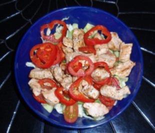 Kleiner Salat mit Putenstreifen *für die Arbeit* - Rezept