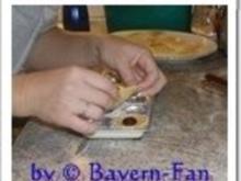 Ravioli mit Nougatfüllung auf Portweinpflaumen - Rezept