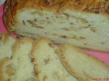 Apfel - Zwiebelbrot gebacken im Bratenschlauch - Rezept