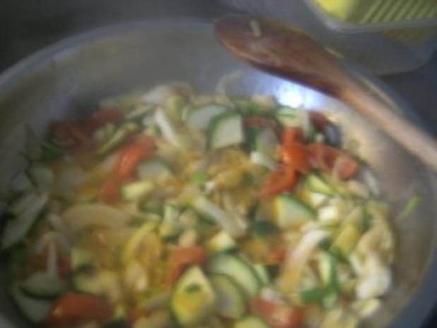 ( Fisch )  Fischpfanne mit einer Gemüse Sahne-Soße - Rezept - Bild Nr. 6