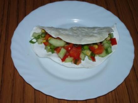 Tortilla gefüllt mit Gemüserohkost - Rezept