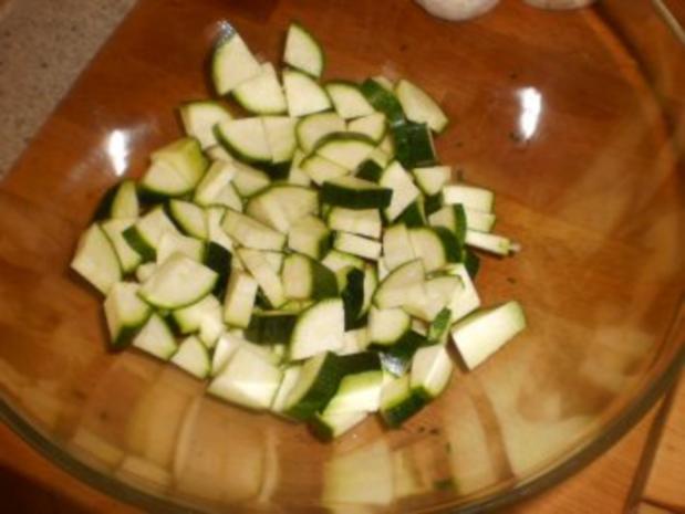 Zucchinisalat mit Pilzen - Rezept - Bild Nr. 5
