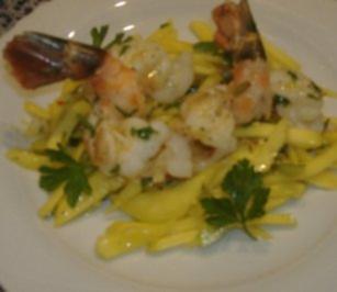 Salat von Mango und Frühlingszwiebeln mit Riesengarnelen - Rezept