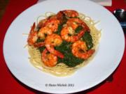 Nudeln mit Spinat und Garnelen    (Pasta agli spinaci e scampi) - Rezept
