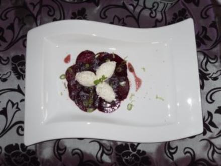 Meerrettichmousse auf Rote Beete Carpaccio - Rezept