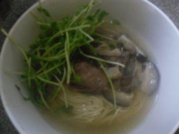 Vietnamesische Nudelsuppe - Rezept