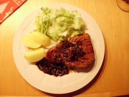 Gebratener Thunfisch mit Zwiebeln-Portwein-Sauce, - Rezept