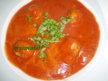 Käseklößchen in Tomatensuppe - Rezept