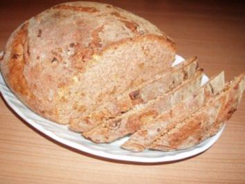 Walnuss-Rosmarin-Brot - Rezept