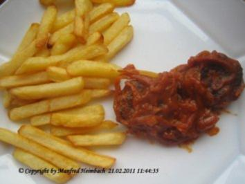 Hackfleisch – Minifrikadellen mit Currytomatensoße und Pommes frites - Rezept