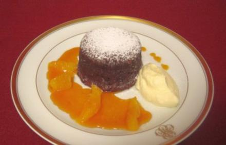 Schokoladen-Fondant mit Orangenfilets - Rezept