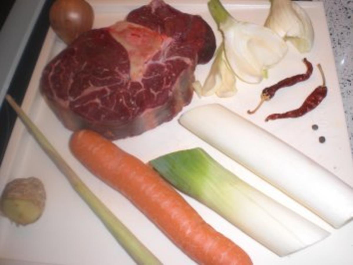 Scharfe exotische Rindssuppe - Rezept Eingereicht von fridabella