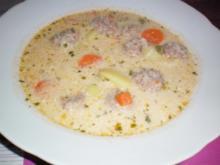 Hackbällchen-Suppe - Rezept