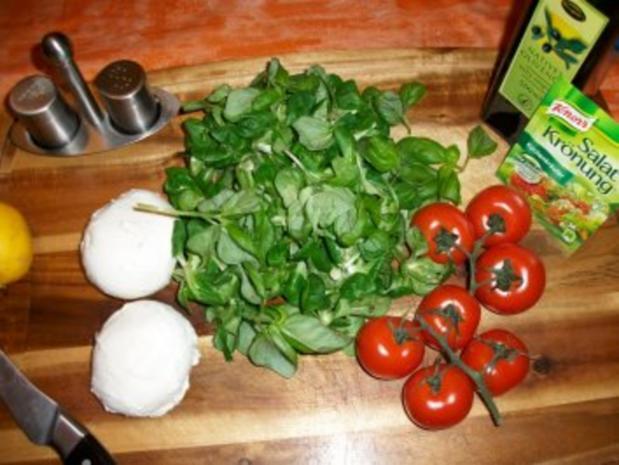 Tomaten-Mozzarella-Feldsalat-Salat - Rezept - Bild Nr. 2