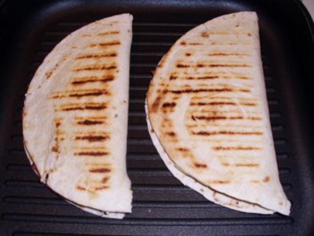 Snack: Quesadilla con serrano - Rezept - Bild Nr. 5