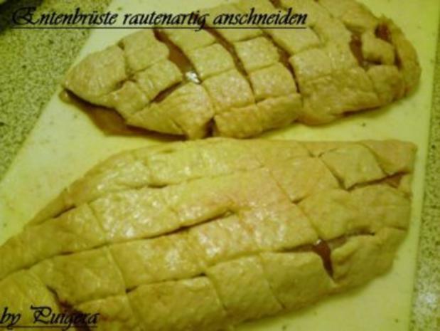 Entenbrust al Ananas an Rosenkohl und Kartoffelbällchen - Rezept - Bild Nr. 2