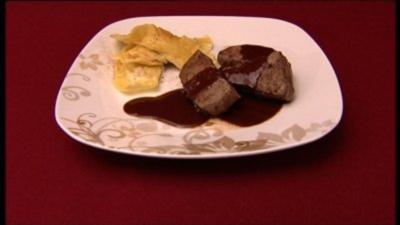Bandnudeln mit Rinderfilet an Schoko-Soße (Jessica Wahls) - Rezept