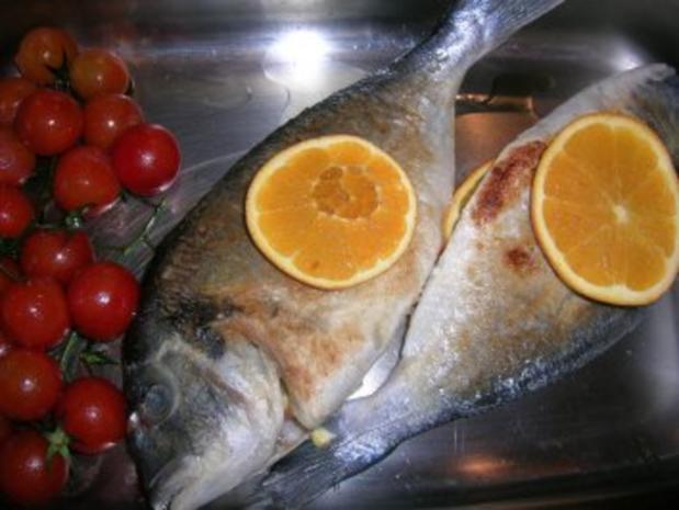 gebratene Dorade mit Oliven, Orangen, Petersiliensauce - Rezept - Bild Nr. 6