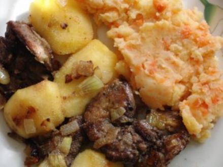 Huhn : Hühnerleber mit Apfel, Zwiebel und Karottenpüre - Rezept