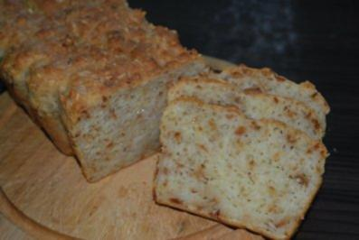 Käse-Zwiebel-Brot - Rezept