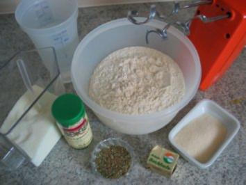 """Brot + Brötchen:  Toskanisches Kräuterbrot """"Toscaninchen"""" - Rezept"""