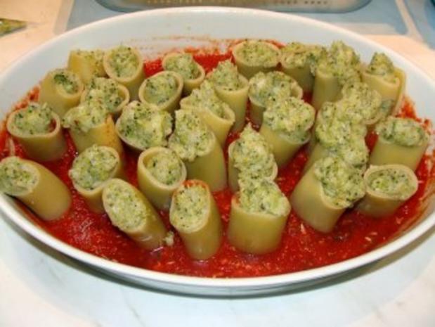 Paccheri mit Blumenkohl-Broccoli-Füllung - Rezept - Bild Nr. 6