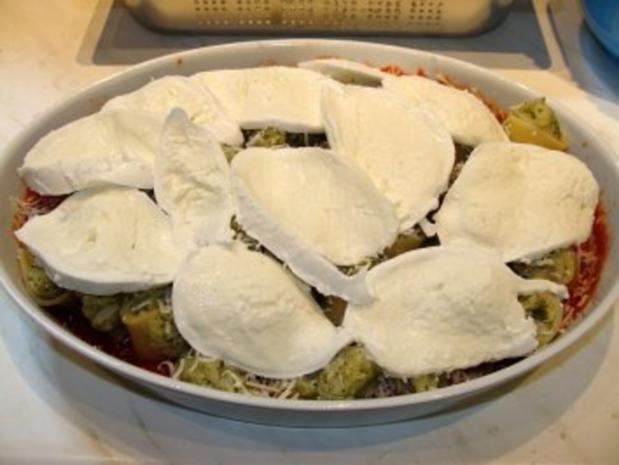 Paccheri mit Blumenkohl-Broccoli-Füllung - Rezept - Bild Nr. 7
