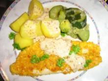 Fischvariatonen in einer Knusperkruste mit Salzkartoffeln und Zuchinigemüse - Rezept